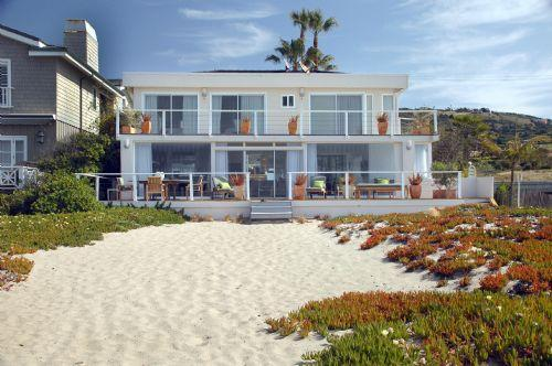 MODERN MALIBU -60 FT OF PRIVATE BEACH!! - Image 1 - Malibu - rentals