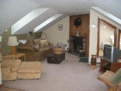 1 BD/1BA Mt. Snow condo only 1/4 mile from slopes - Image 1 - West Dover - rentals