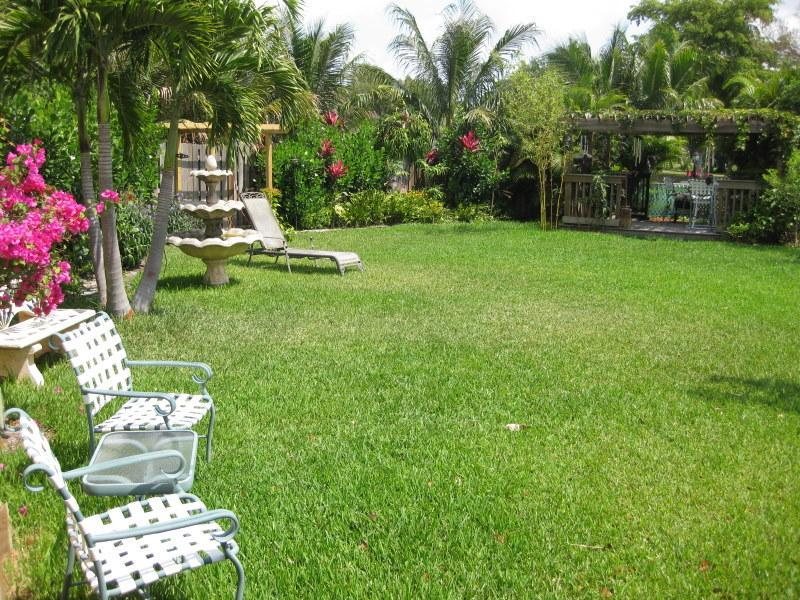 very private backyard - Hard rock casino vacation / party home - Coopertown - rentals