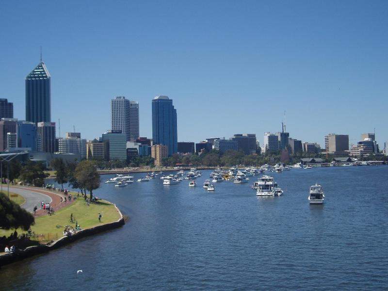 Perth City Overlooking Picturesque Swan River - Perth CBD 1x1x1 Serviced Exec-Style Apartment - Perth - rentals