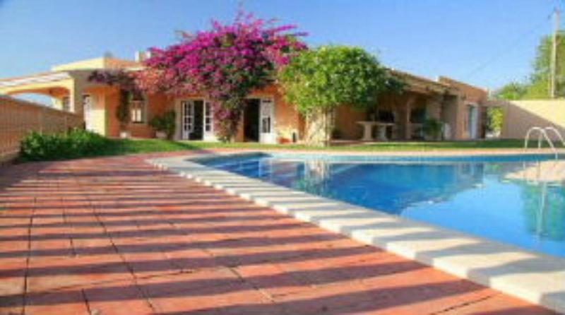 Bela Vista pool and garden - Family villa with stunning sea views pool, garden. - Loule - rentals