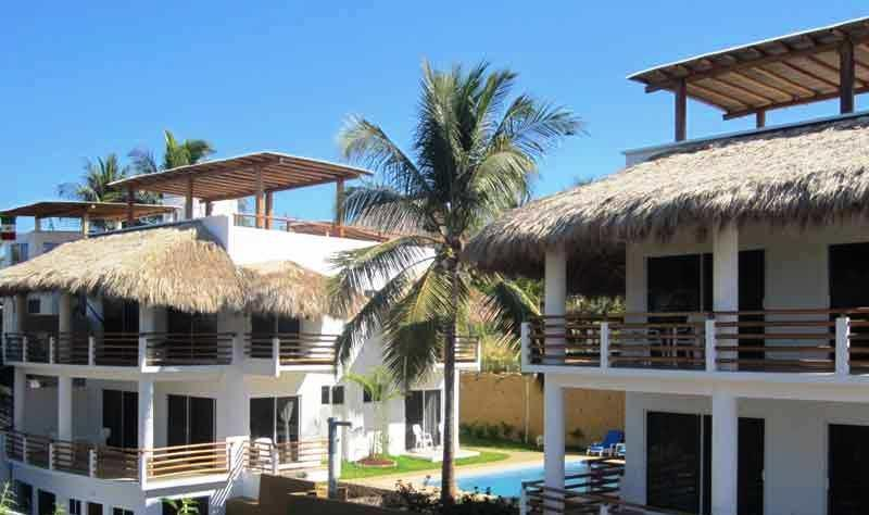 view of all 4 condo apartments - New La Punta Beach Villas - Puerto Escondido - rentals