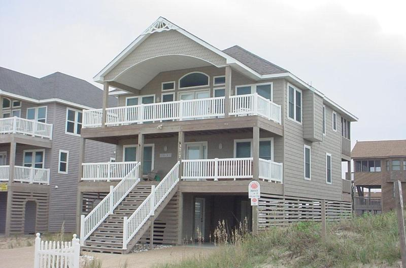 SUNDANCE Panoramic ocean views, WIFI & hot tub - Image 1 - Kill Devil Hills - rentals