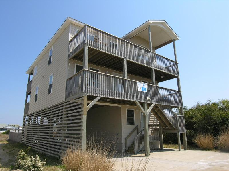 Great view of Roanoke Sound-steps to beach & Pool. - Image 1 - Nags Head - rentals