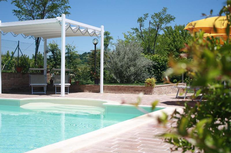 8 sleeps, Modern and Refined Villa with Pool - Image 1 - Pergola - rentals