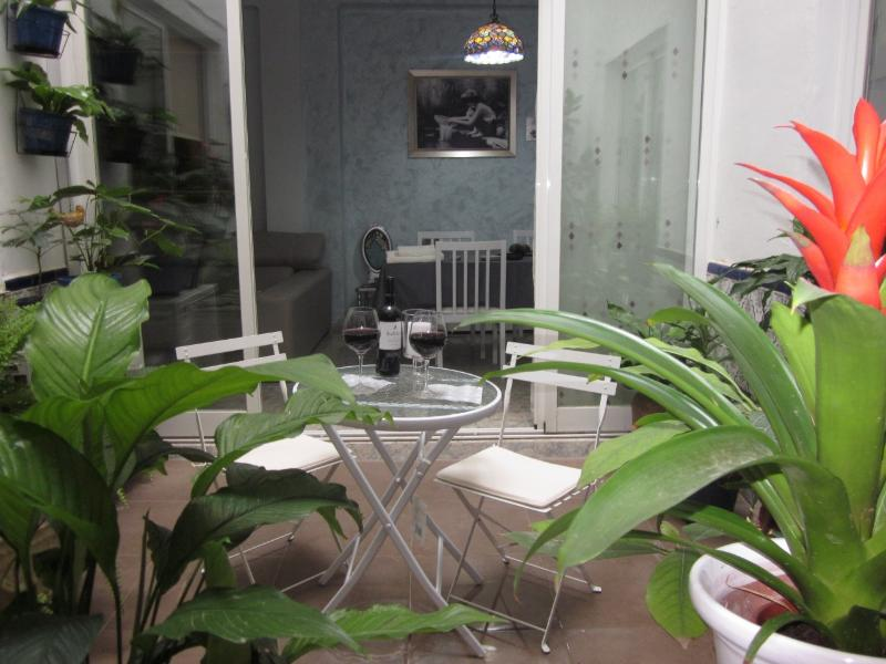 Patio and sitting room at the back - Modern and comfortable apart Valencia Old town - Valencia - rentals