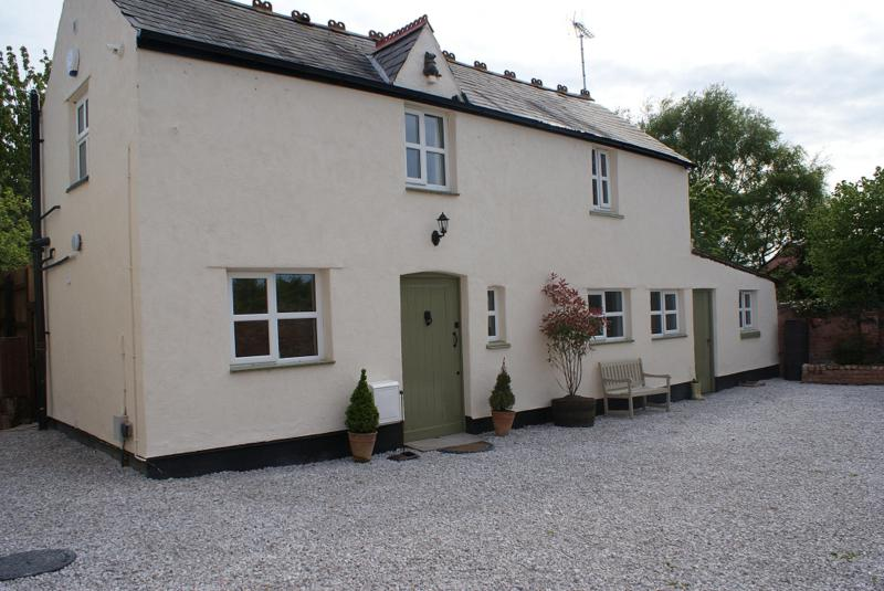 Coach House - Vale View Cottages, Luxury converted Coach House - Prestatyn - rentals