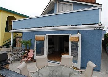 127 46th St. The Ideal Beach Vacation Home - AFFORDABLE 3 BDRM Home Steps From Best Beach In CA - Newport Beach - rentals