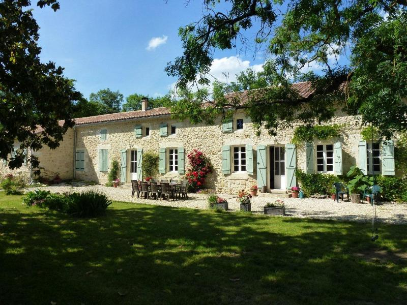 Barrusclet - A French Holiday home for you! - 5 bedroom French farmhouse with heated pool - Gers - rentals