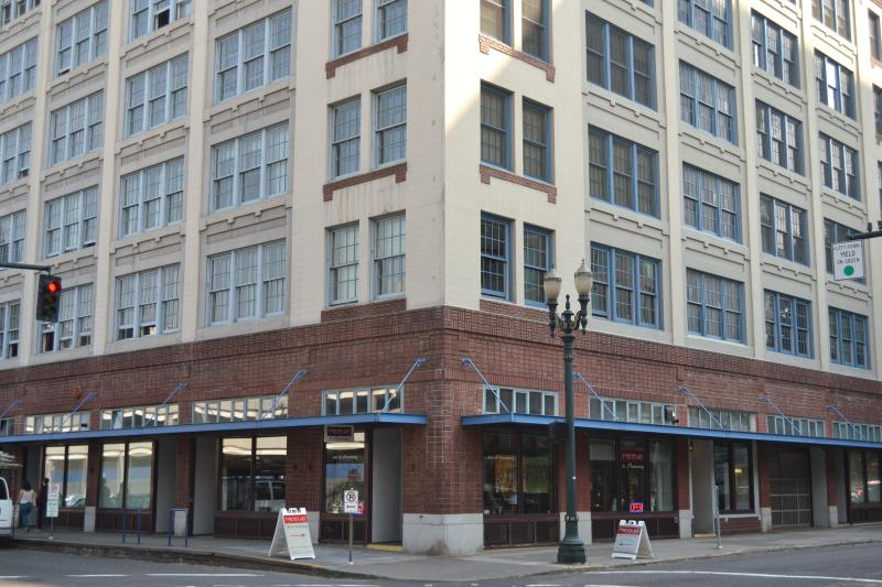 Historic Honeyman Hardware Lofts - Spacious Loft, in the Heart of the Pearl District - Portland - rentals