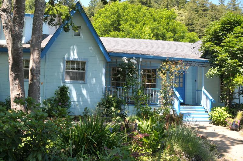 Creek Wood Garden Haiku - spacious 4 bedroom home / wine country & redwoods - Guerneville - rentals