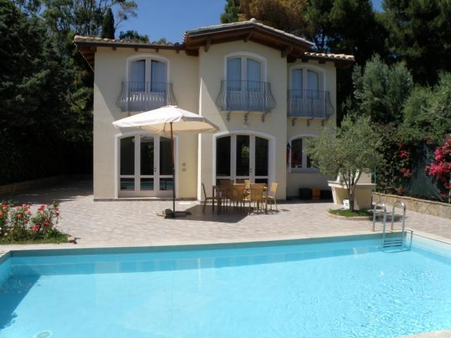 The villa and pool - Family friendly villa with pool, 300 m from beach - Torre delle Stelle - rentals