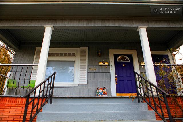 Front of the beautiful house - Heart of Hawthorne triplex - Portland - rentals