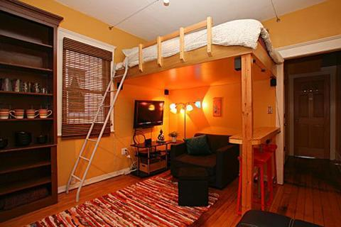 A cozy modern studio with Flat screen cable TV and WIFI Internet.. - Walk Downtown - Beautiful - Modern - Cozy Studio - Seattle - rentals