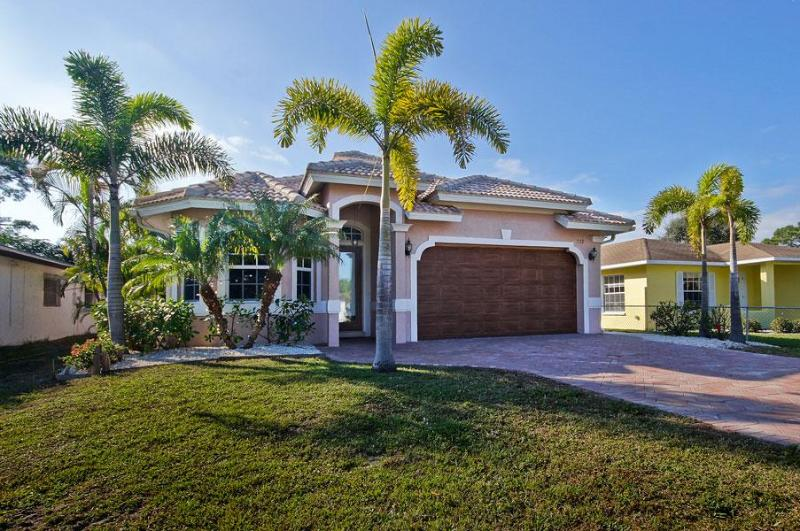 Brand New Luxurious Naples Florida Home - Image 1 - Naples - rentals
