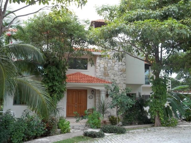 The House Frontside - Cozy, Relaxing and Individual Garden Apartment - Cancun - rentals