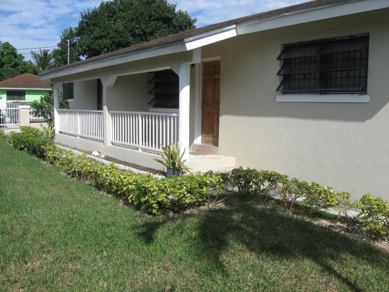 Beautifully Landscaped and fully enclosed yard  - Affordable Tropical Escape - Nassau - rentals