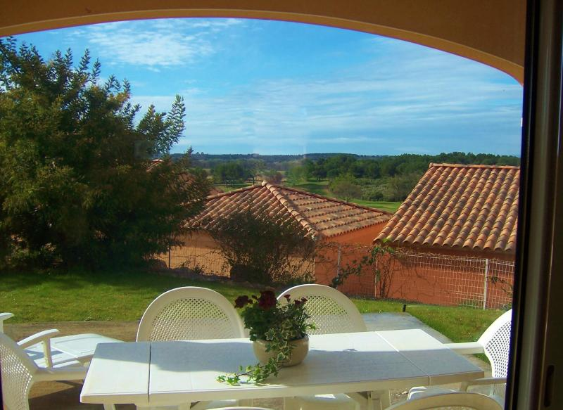 The terrace - Stylish apartment,garden,pool,views,near sea&golf. - Murviel-les-Beziers - rentals