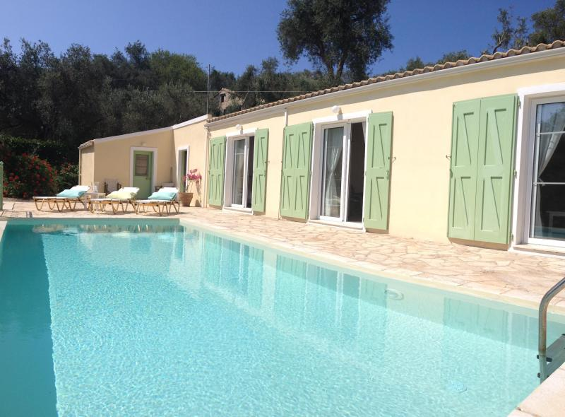 All bedrooms overlooking pool - 3 bed villa near Loggos with pool & amazing views - Loggos - rentals