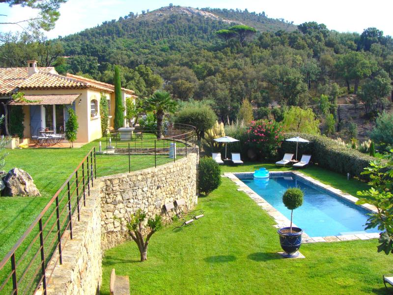 Authentic & charming bastide with stunning bayview - Image 1 - Var - rentals