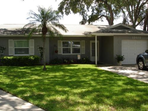 Front - Charming Home with Pool , 1 mile from Gulf Beaches - Largo - rentals