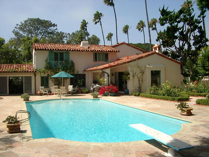 View of Pool and Garden - Casasol, Mediterranean Villa, Pool, Walk to Beach - La Jolla - rentals