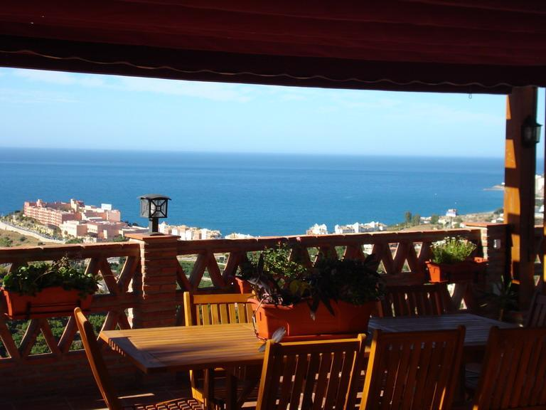 Villa with magnificent views to the sea - Image 1 - Almunecar - rentals