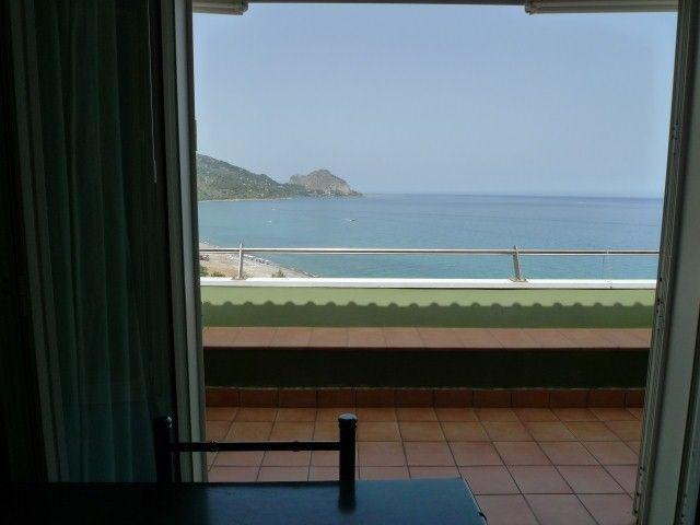 view from the balcony to the sea  - Apartment private access to the beach with jacuzzi - Sicily - rentals