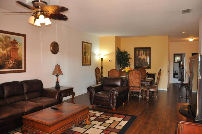 Disney World 1 Miles Away, Luxury Lake View Condo - Image 1 - Kissimmee - rentals