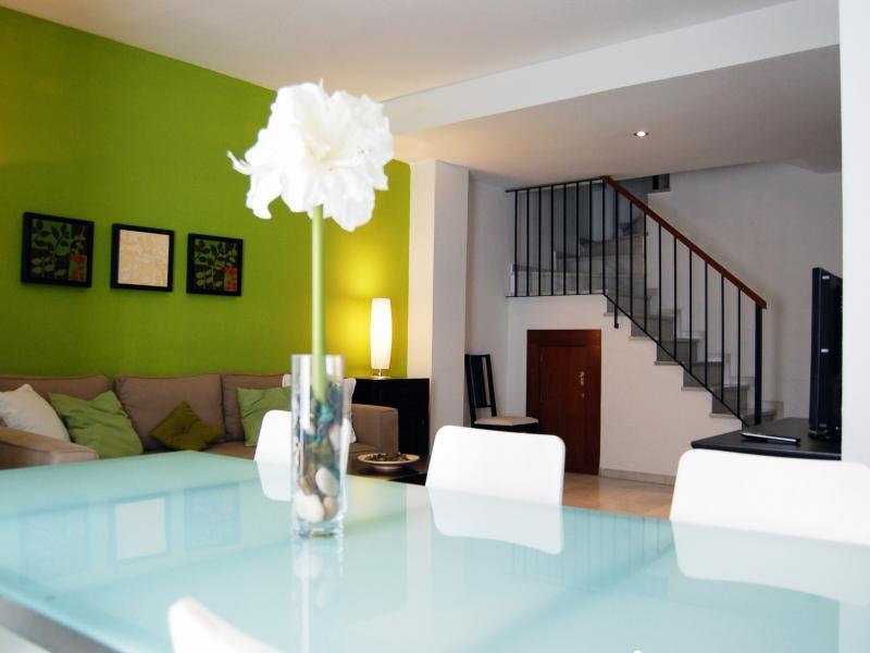 2 bedroom duplex apartment in Seville Center - Image 1 - Seville - rentals
