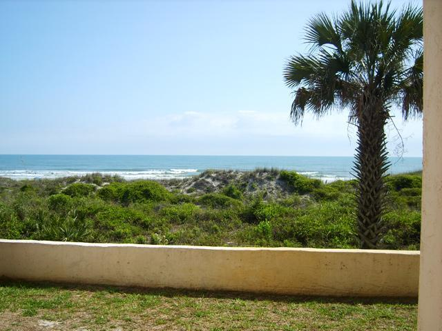 Beacher's Lodge Ground Floor Oceanfront 1 BR - Image 1 - Saint Augustine - rentals