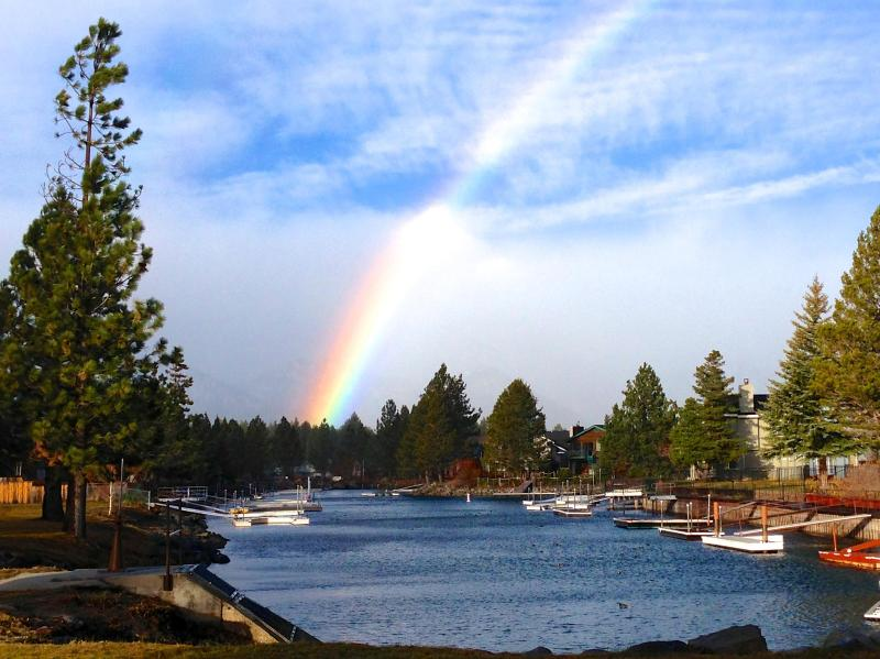 Rainbow on Thanksgiving 2012 after a brief rain shower to brighten up the day - Open kitchen - WiFi - Home Theatre - Boat Dock - South Lake Tahoe - rentals