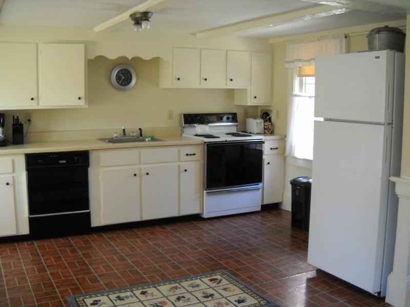 kitchen - The Buttery - Harwich Port - rentals