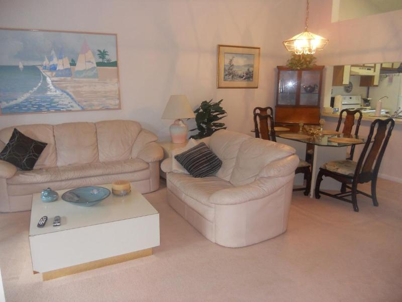 Living Room - Lovely condo In Jensen Beach Florida ! - Jensen Beach - rentals