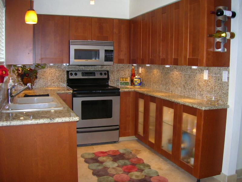 Fully equipped. pots, pan, utensils - 2 bedroom Downtown Scottsdale, walk to everything! - Scottsdale - rentals