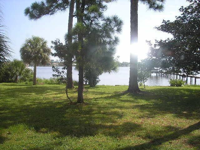 3 bedroom Riverfront 6mi from Daytona Speedway - Image 1 - Ormond Beach - rentals