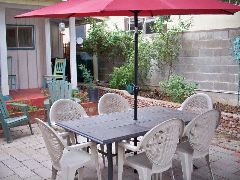 Patio  with seating for 6 - Next to Historic Downtown, Fully Fenced - Bisbee - rentals