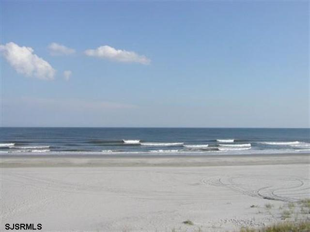 The Beach Is Our Back Yard! - Brigantine Direct Oceanfront 3 Bedroom Townhome - Brigantine - rentals