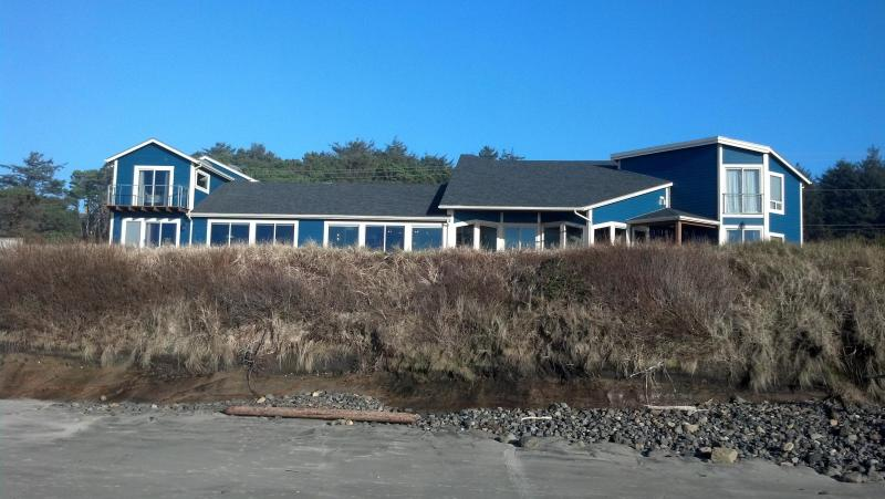 Absolute Oceanfront! - The Rock - Seal Rock - rentals
