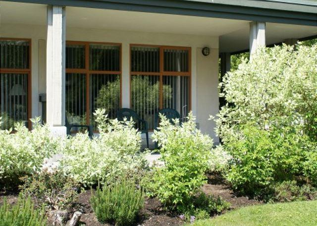 One bedroom Stoney Creek Northstar condo. Pool and Hot Tub! - Image 1 - Whistler - rentals