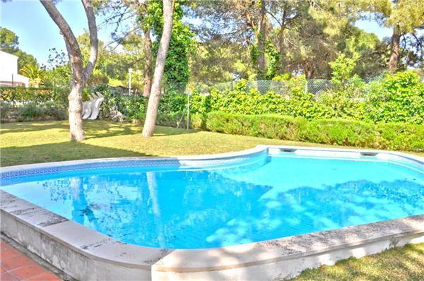 Holiday house for 4 persons, with swimming pool , in Vilamoura - Image 1 - Vilamoura - rentals