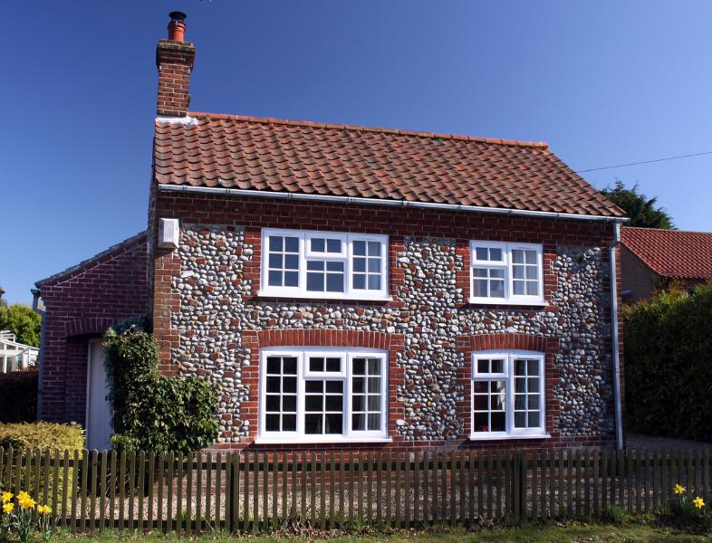 Oaktree Cottage from the Outside - Oaktree Cottage - Briston - rentals