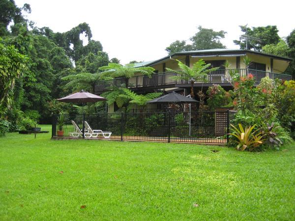 Bartle Frere Bed & Breakfast - Image 1 - Surfers Paradise - rentals