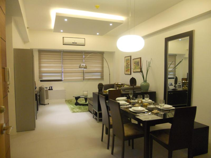 Spacious living and dining area - Spacious 1BR Bonifacio Global City_Home Gallery - Taguig City - rentals