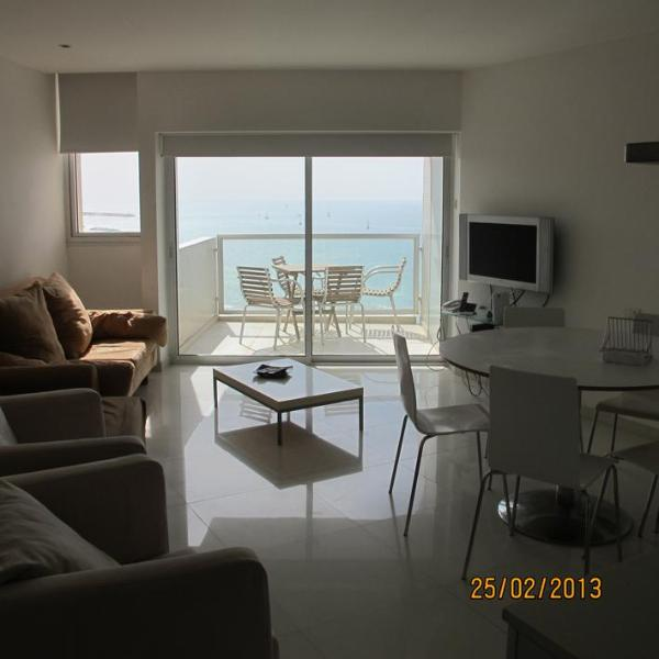 Lounge with Sea View - Gorgeous 2 bdr Opposite the Sea! - Herzlia - rentals