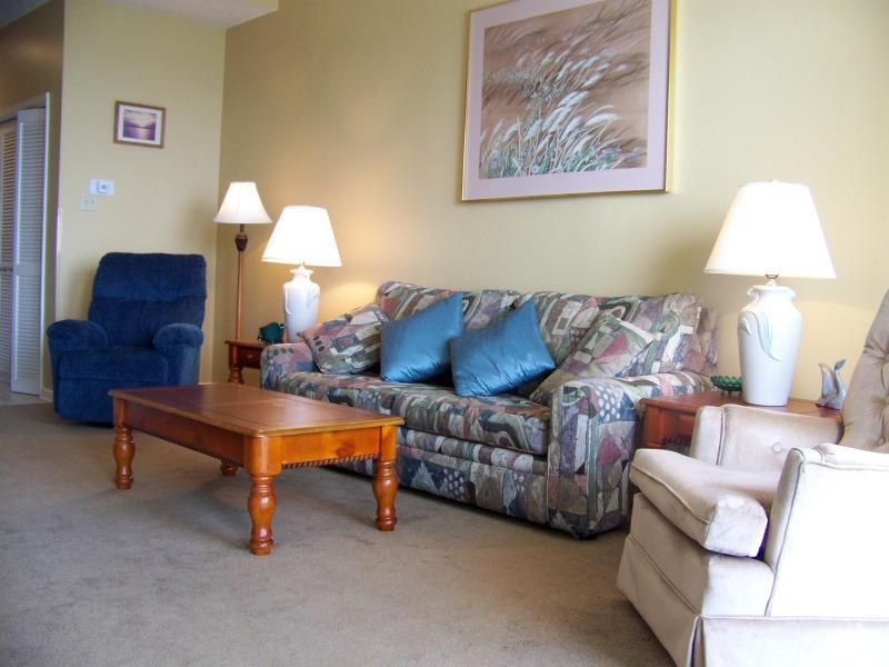 Perfect couples getaway with new sleeper sofa in living room - Phoenix III Top Floor Beach Condo - Orange Beach - rentals