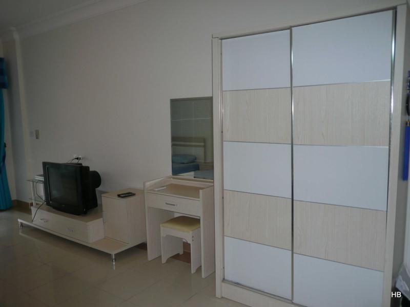100382- Two single bed studio, The View Compound, Hurghada - Image 1 - Hurghada - rentals