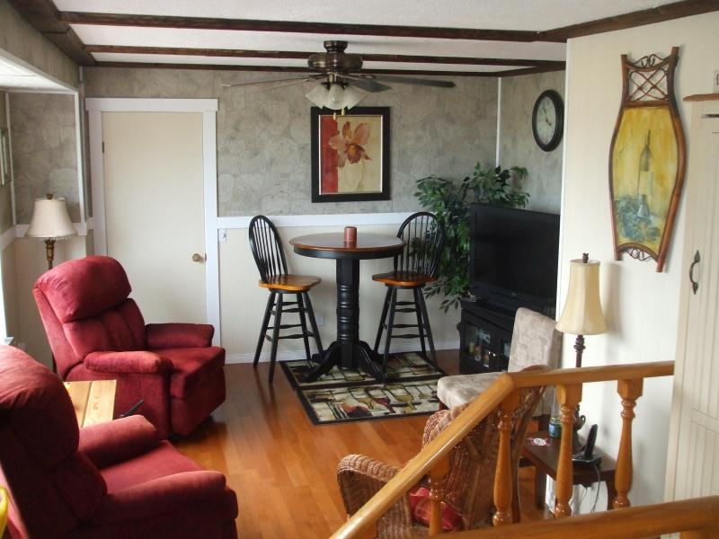Family Room - Creekside - Nova Scotia - rentals