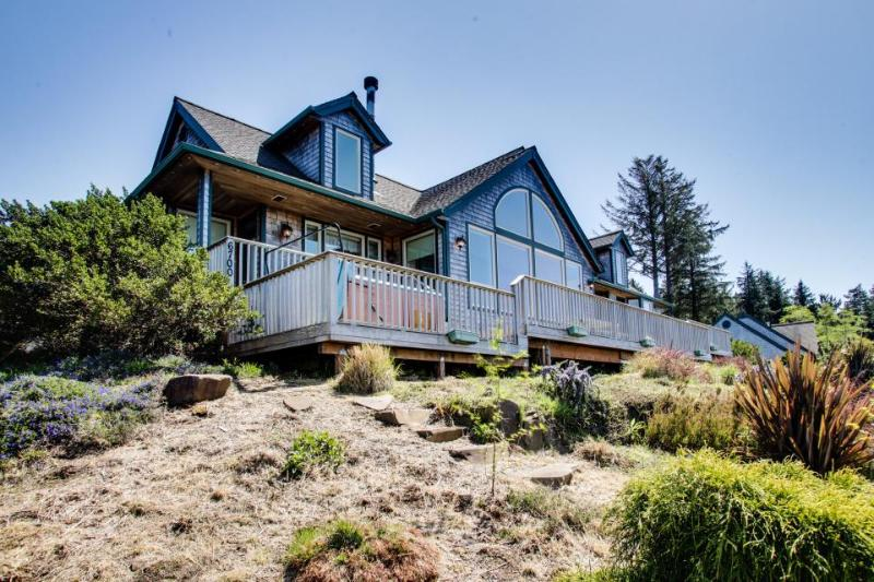 Lund Lodge Vacation Rental - Image 1 - Neskowin - rentals