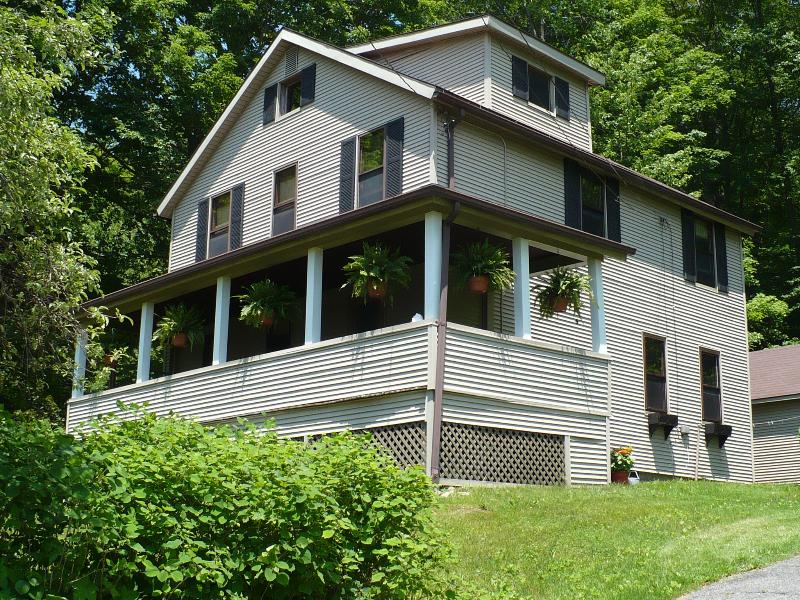 Coach House - a 1940 renovation of our family home - Coach House - A Hillside Retreat in the Berkshires - Lee - rentals